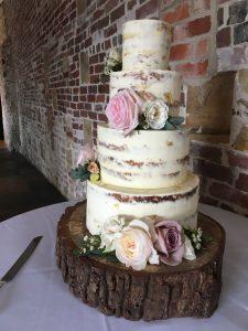 Barn Wedding, Wedding Cake, Sussex Wedding, Kent Wedding